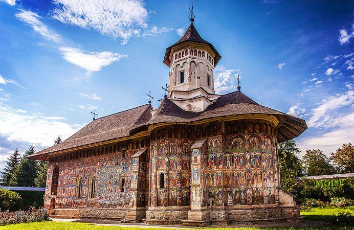 La belleza de las iglesias de Bucovina