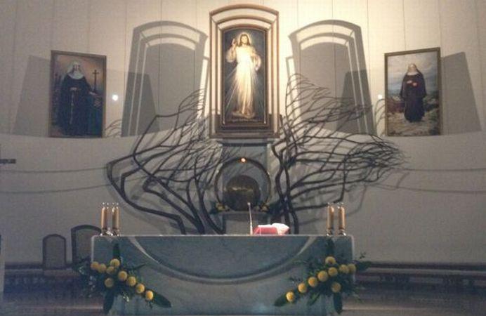 Cracovia, la basílica de la Divina Misericordia.