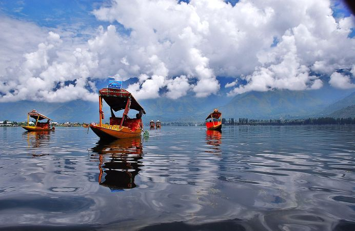 El Lago Dal en Cachemira