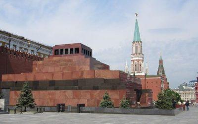 Recuerdo de Moscu : silencio, la momia te mira